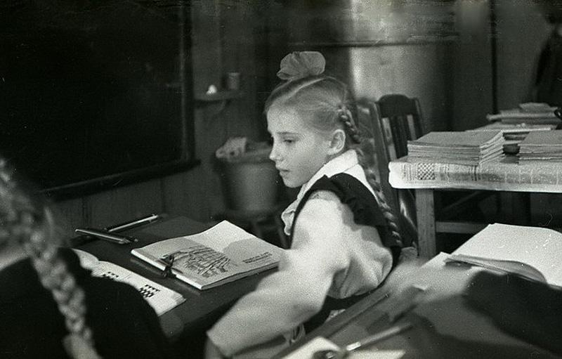 974 Школа в советской деревне 1964 год