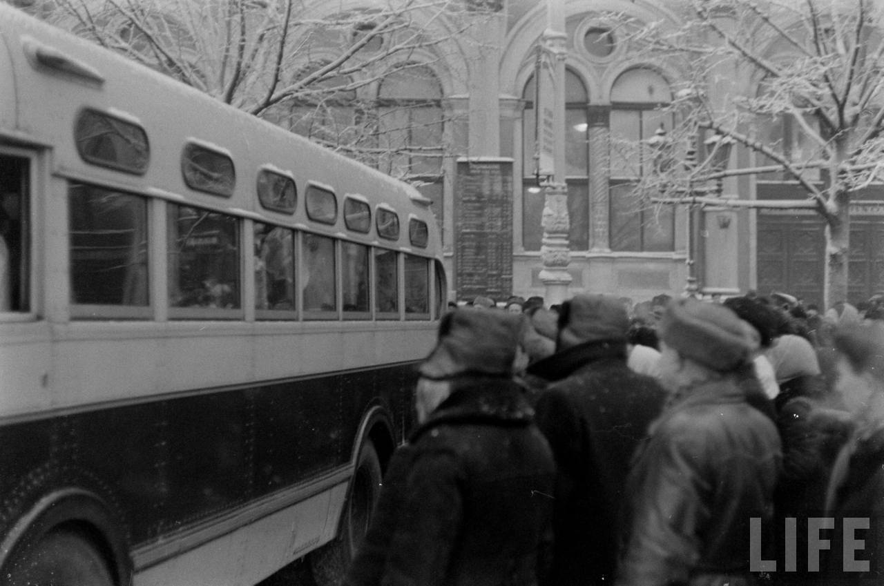 amer25 Американские туристы в Ленинграде зимой 1955 1956 гг.