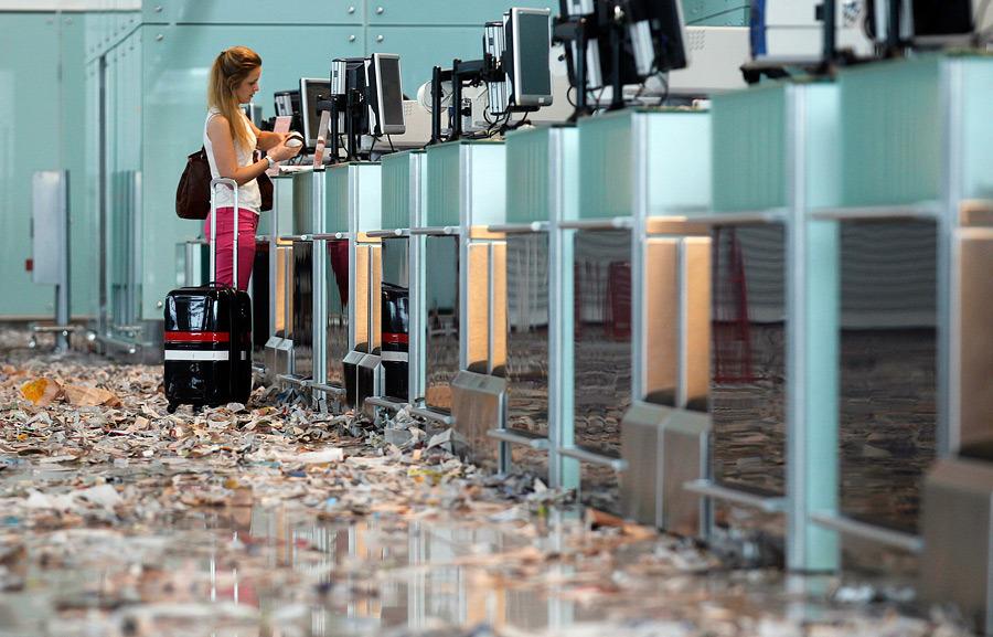barselona01 Аэропорт Барселоны превратился в свалку