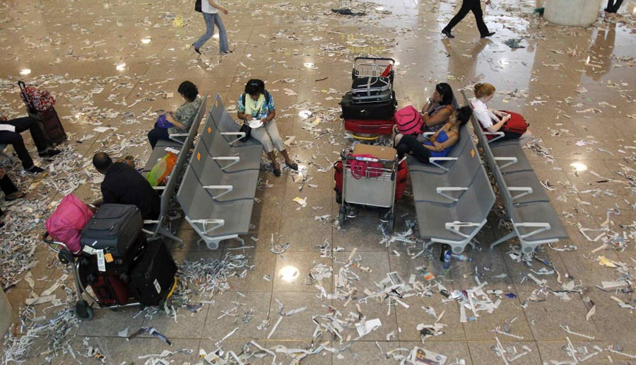 barselona03 Аэропорт Барселоны превратился в свалку