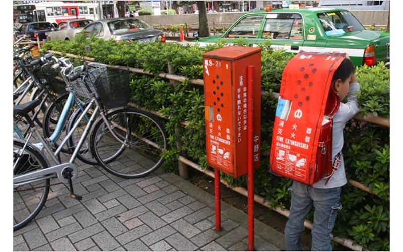 disguise08 Городская маскировка по японски