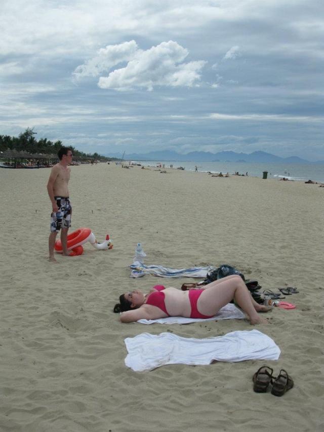 eliza Толстушки в купальниках стали хитом Интернета