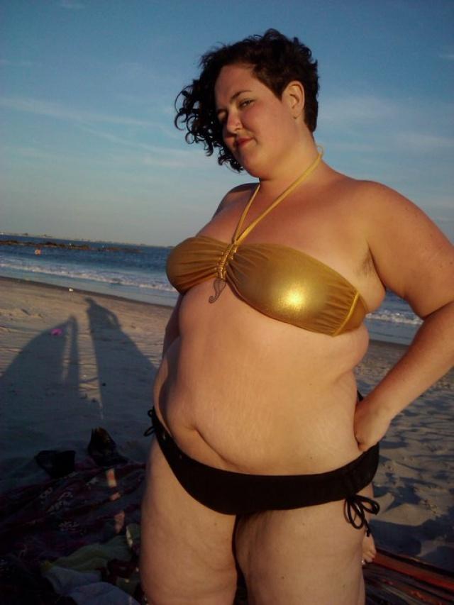 hana Толстушки в купальниках стали хитом Интернета