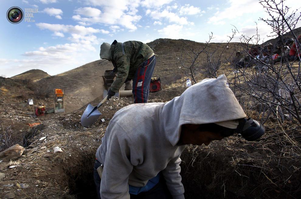 mongolia 011 Шахтеры ниндзя: Добыча золота в Монголии
