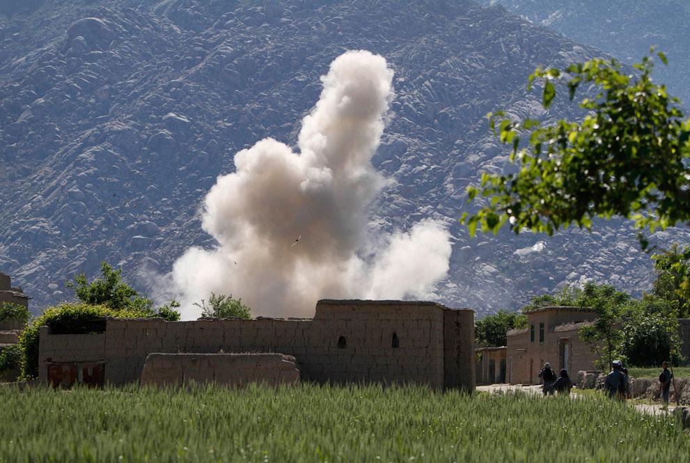 s a09 30028965 Афганистан: апрель 2012