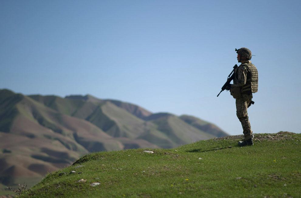 s a13 42317250 Афганистан: апрель 2012