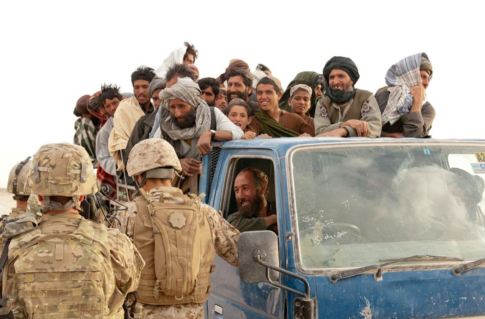 s a14 00565331 Афганистан: апрель 2012