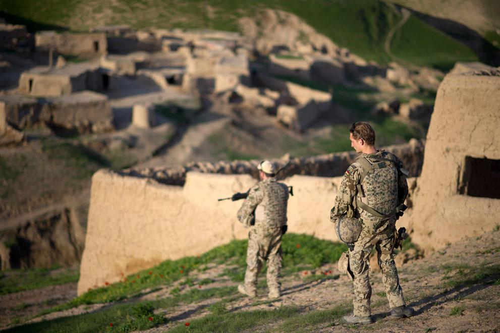 s a20 07139381 Афганистан: апрель 2012