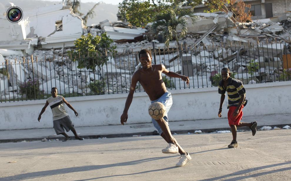 0 231 Весь мир играет в футбол
