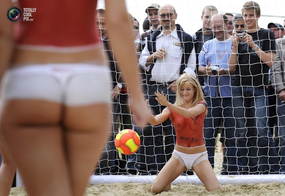 0 261 Весь мир играет в футбол