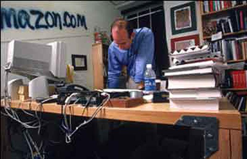 0 75 Так выглядят рабочие столы Джобса, Гейтса, Баллмера, Цукерберга и других