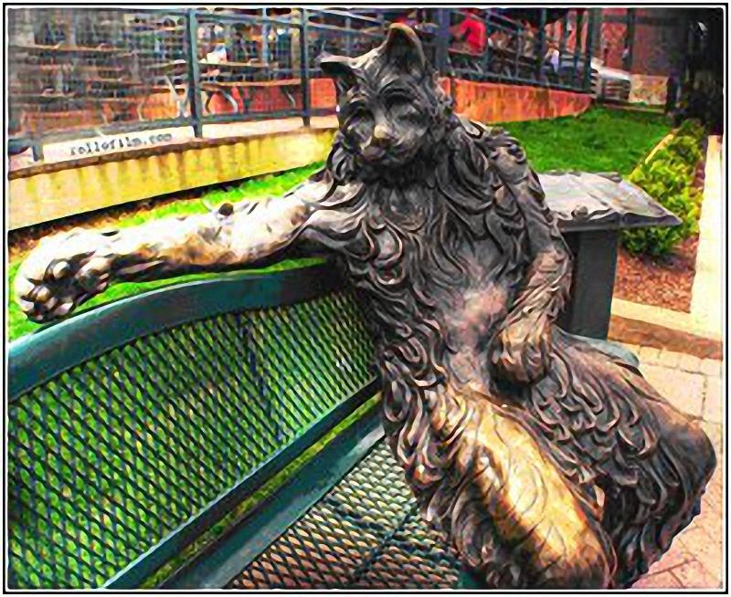0053 Скульптуры и памятники кошкам