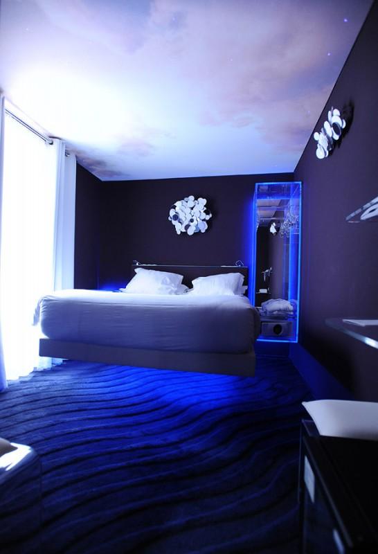 0711 546x800 Отели Парижа: необычные и обычные