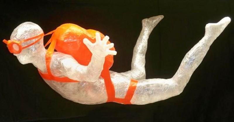 Лучшие работы конкурса скульптур из скотча «Off the Roll»2012