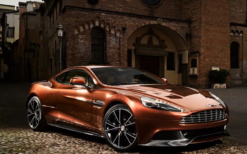 10115 Фотографии новейшего Aston Martin Vanquish