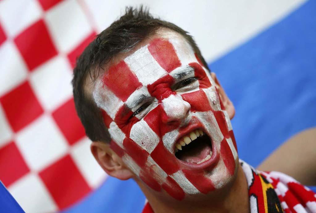 10130 Горячие фаны Евро 2012