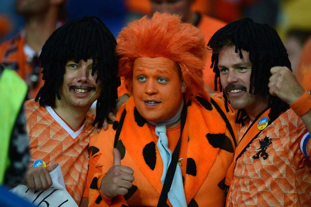 11160 Горячие фаны Евро 2012