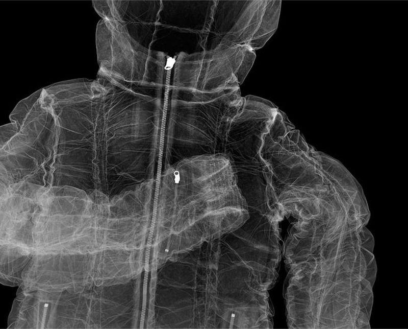 14Пуховик Puffa Рентгеновский взгляд на мир Ника Визи