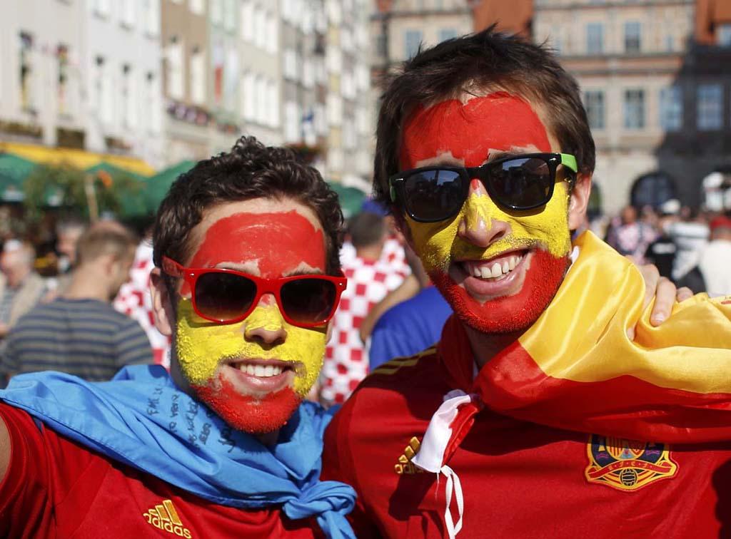 14106 Горячие фаны Евро 2012