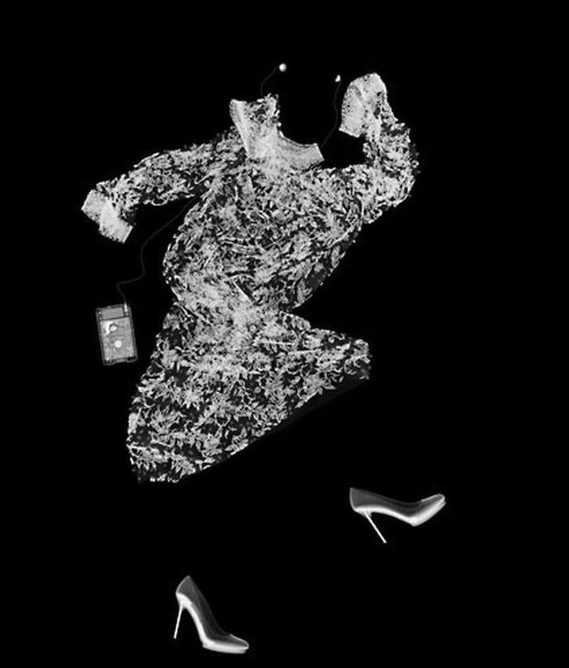 15Танцующее платье Рентгеновский взгляд на мир Ника Визи