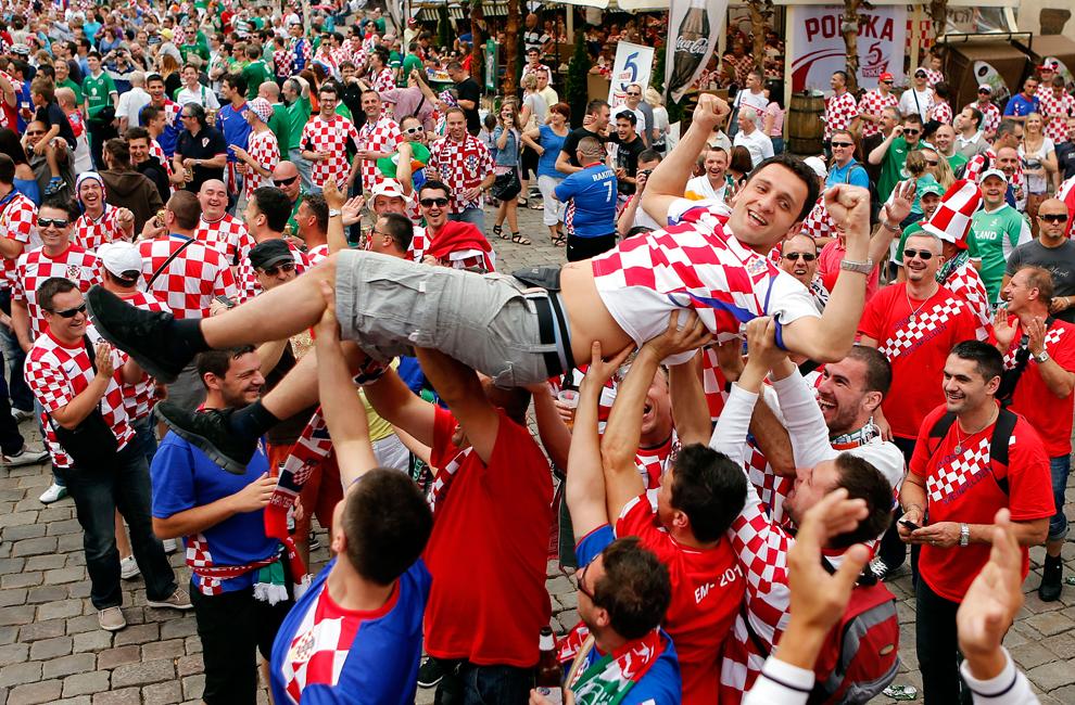1651 Евро 2012   фанаты