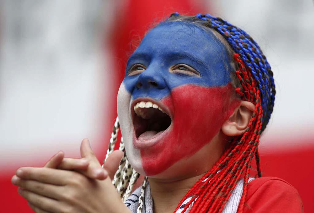 1693 Горячие фаны Евро 2012