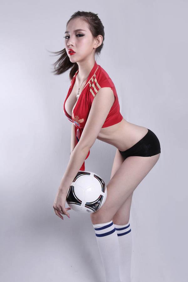Сексуальные девушки евра 2012