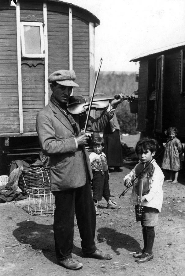 1864 Жизнь цыган в Европе до Второй Мировой войны