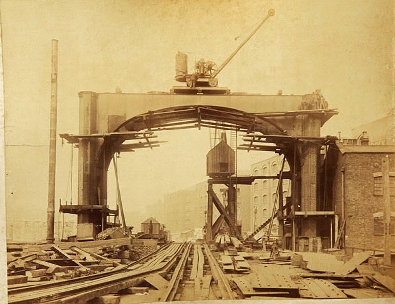 2 Как строили Тауэрский мост
