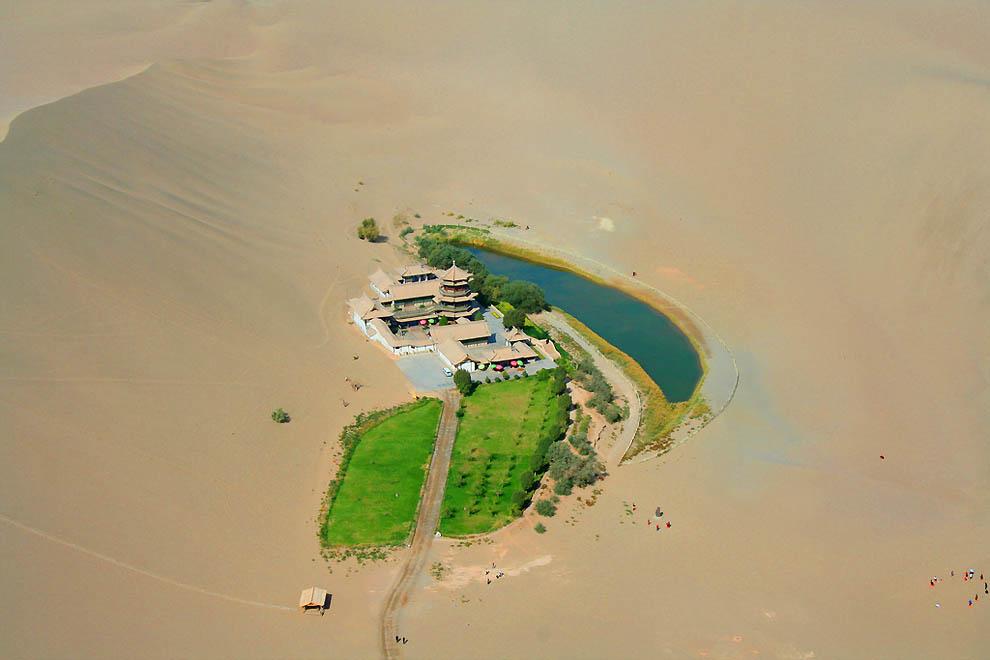 210 Озеро полумесяц   китайский оазис в пустыне