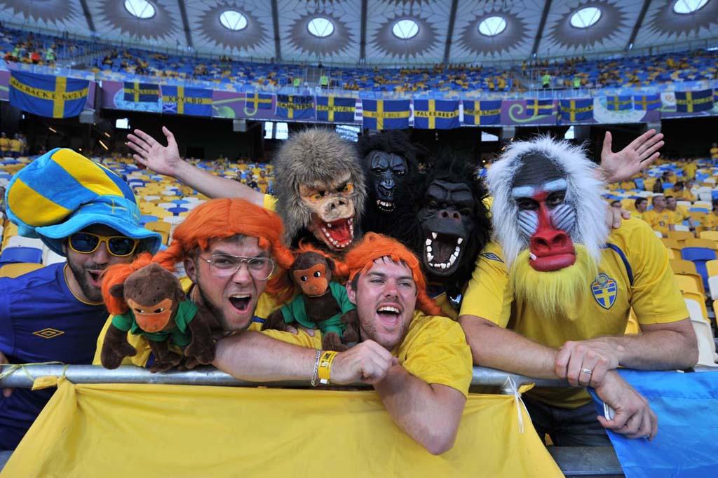 21130 Горячие фаны Евро 2012