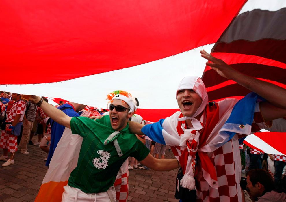 2182 Евро 2012   фанаты