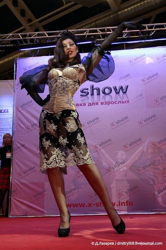 227 На выставке для взрослых «X'show 2012″ в Москве