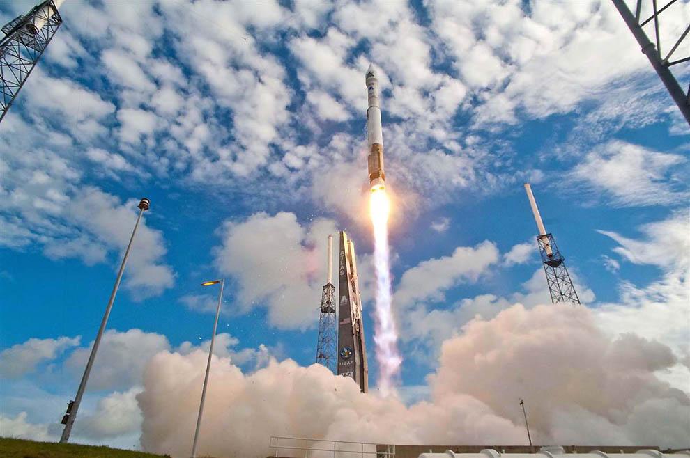 2289 Лучшие фотографии на космическую тематику за июнь 2012