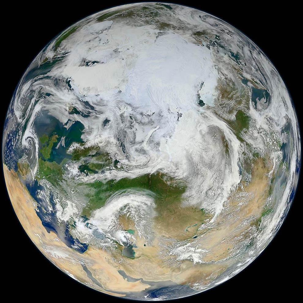 2349 Лучшие фотографии на космическую тематику за июнь 2012