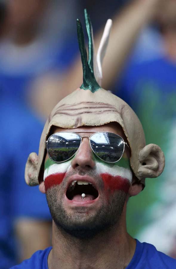 2466 Горячие фаны Евро 2012