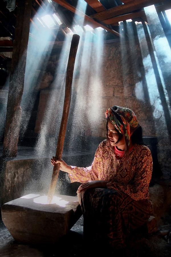 2469 Индонезийские истории фотографа Девана Иравана