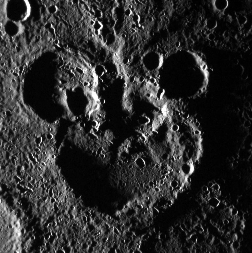 2545 987x990 Лучшие фотографии на космическую тематику за июнь 2012