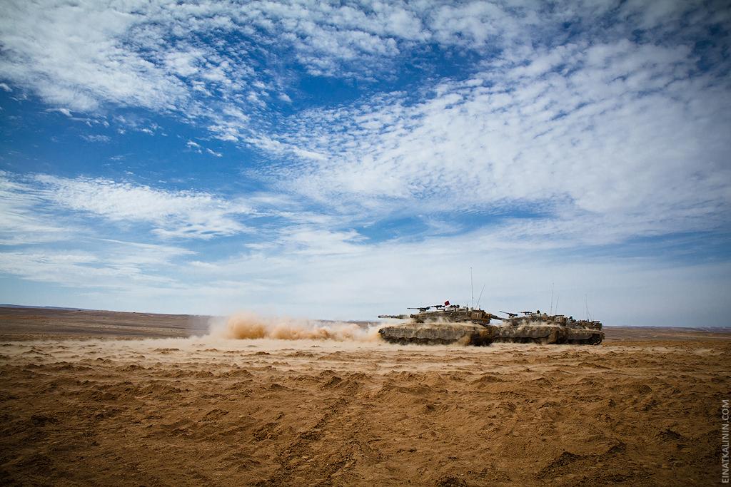 288 Женщина с танком