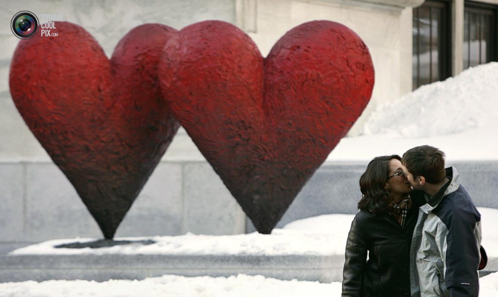 3228 Вырази свои чувства в поцелуе