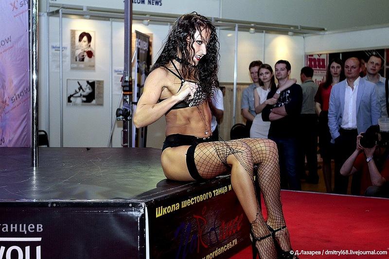 333 На выставке для взрослых «X'show 2012″ в Москве