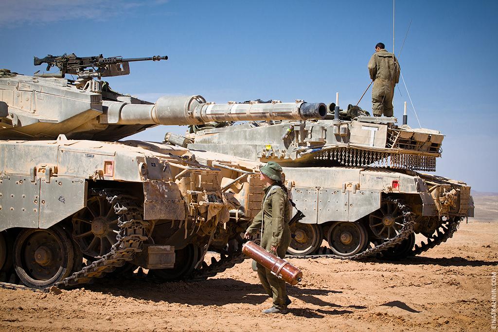 336 Женщина с танком