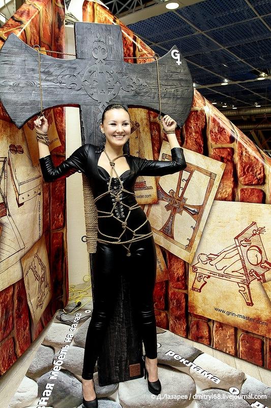 353 На выставке для взрослых «X'show 2012″ в Москве