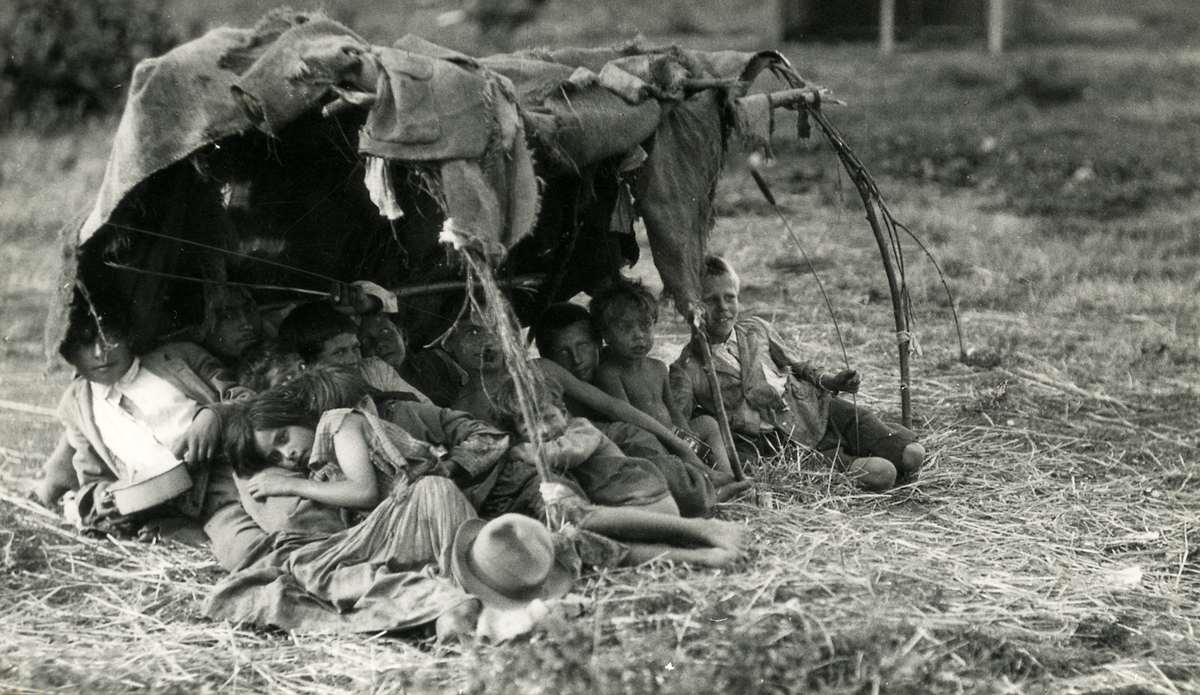 3624 Жизнь цыган в Европе до Второй Мировой войны