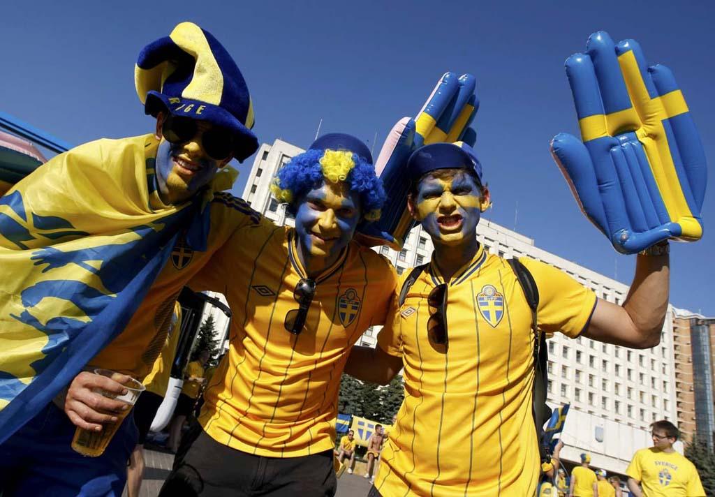 3727 Горячие фаны Евро 2012