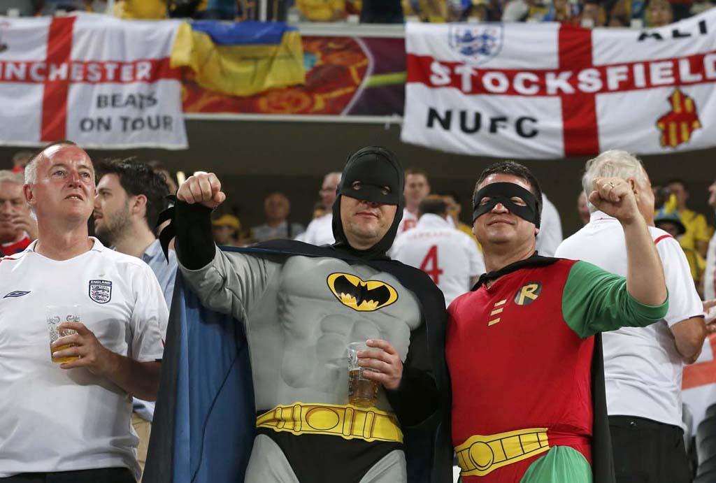 3823 Горячие фаны Евро 2012