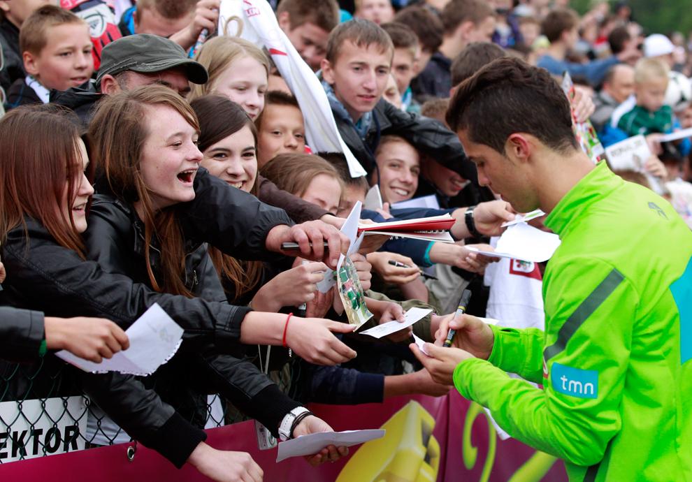 3914 Евро 2012   фанаты
