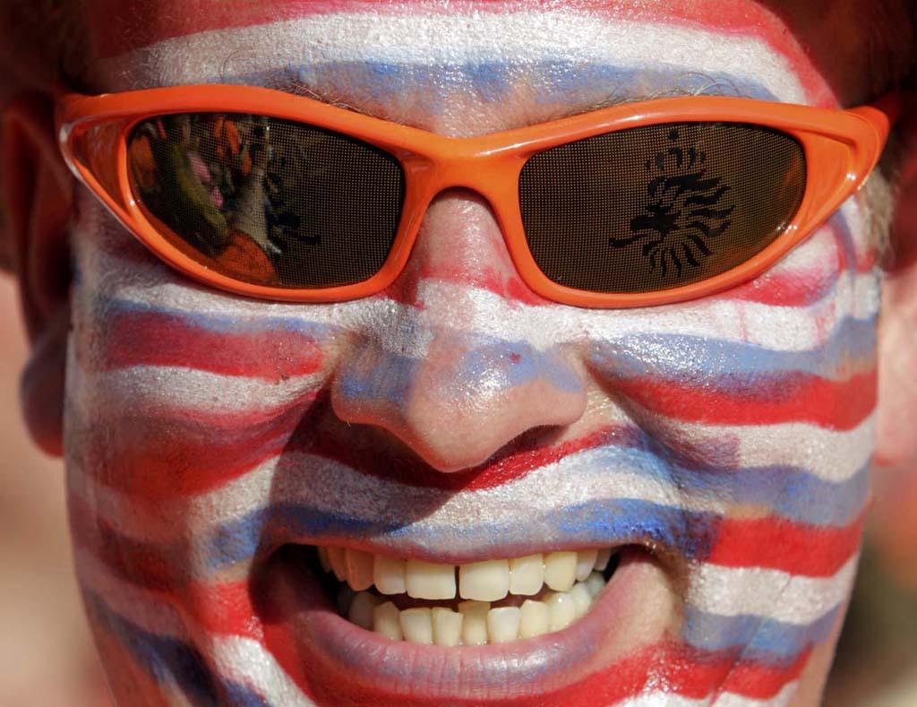 3921 Горячие фаны Евро 2012