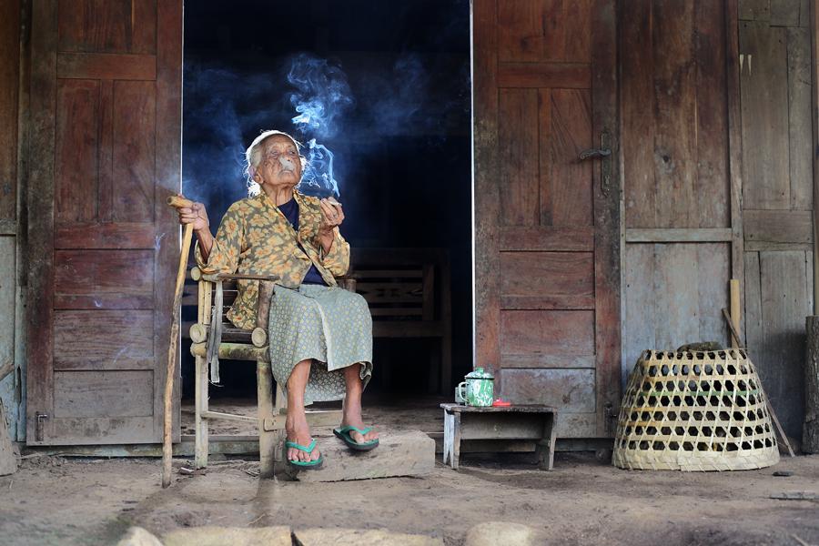 4020 Индонезийские истории фотографа Девана Иравана