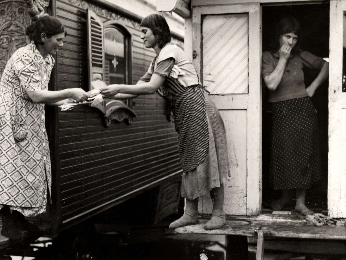 4316 Жизнь цыган в Европе до Второй Мировой войны